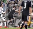 Cristiano Ronaldo (C) strzela gola dla Realu Madryt na stadionie w Turynie 5 maja br. Alessandro Di Marco PAP/EPA