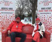 Kanadyjskie ich troje: Ela, Piotr i czerwona kanapa